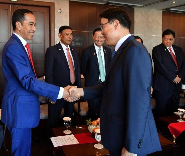 Presiden Jokowi kunjungan kerja ke Korsel bertemu pimpinan perusahaan. (Biro Pers Setpres/Laily Rachev)