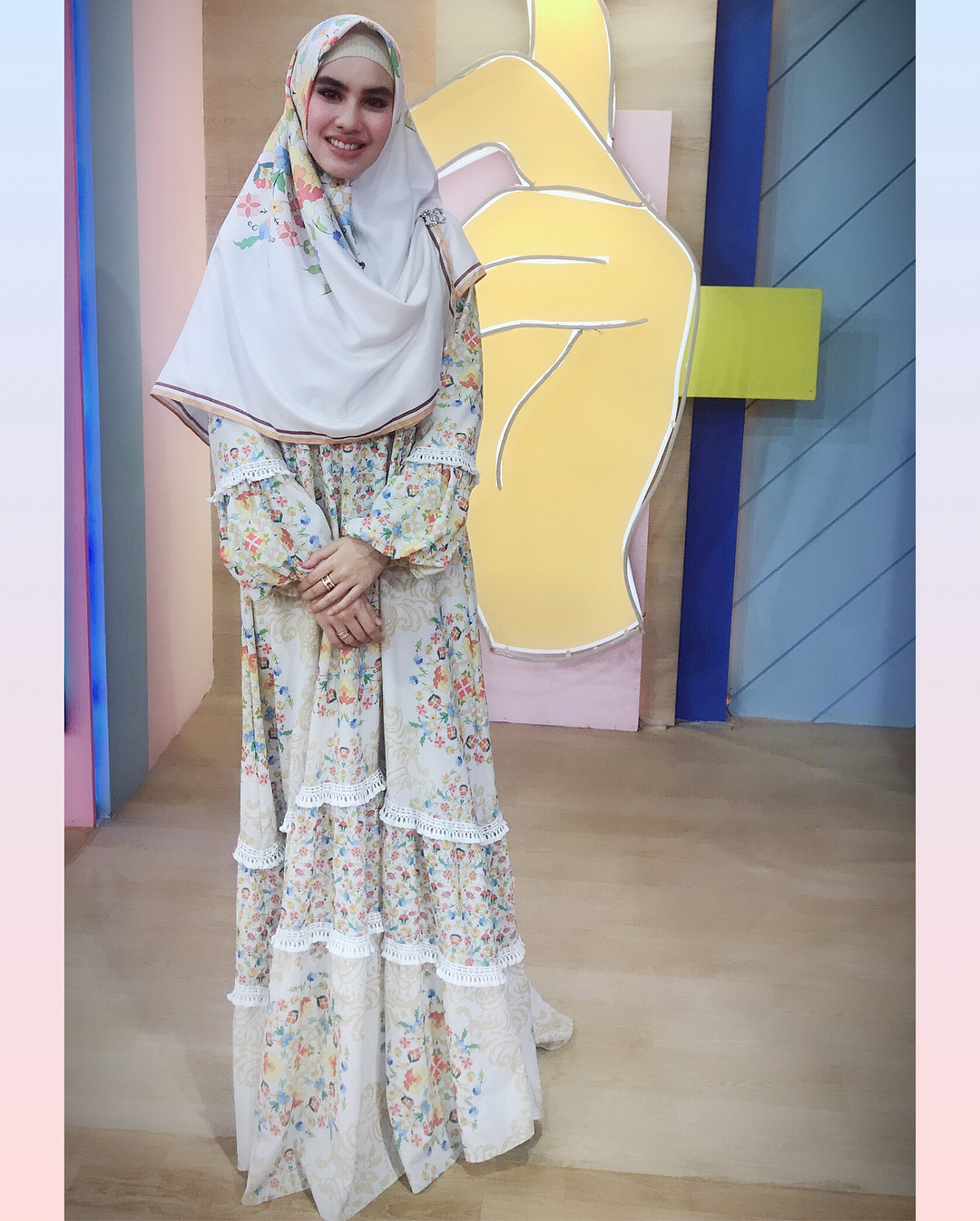 gaya hijab kartika putri