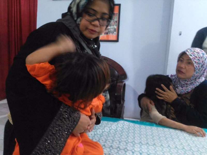 Tiga Bocah Melarikan Diri Usai Disekap dan Disiksa Orangtua Angkatnya di Makassar (foto: Herman A/Okezone)