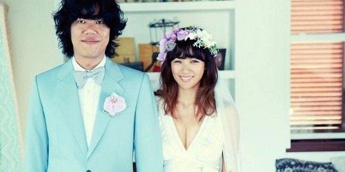 Lee Hyori dan suami
