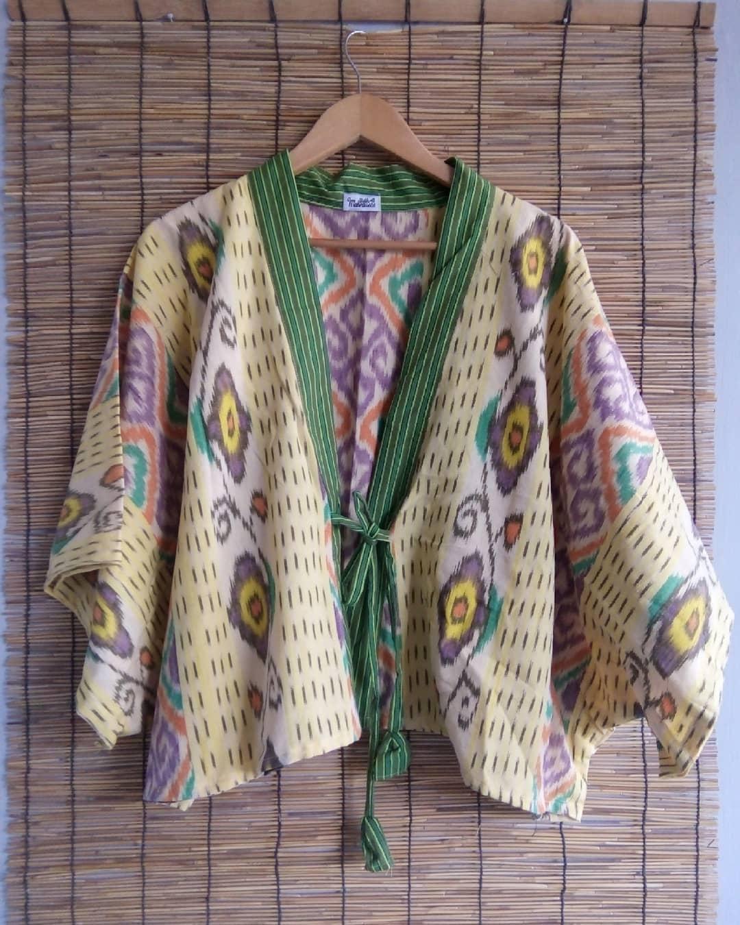 Gambar Desain Baju Basket Motif Batik