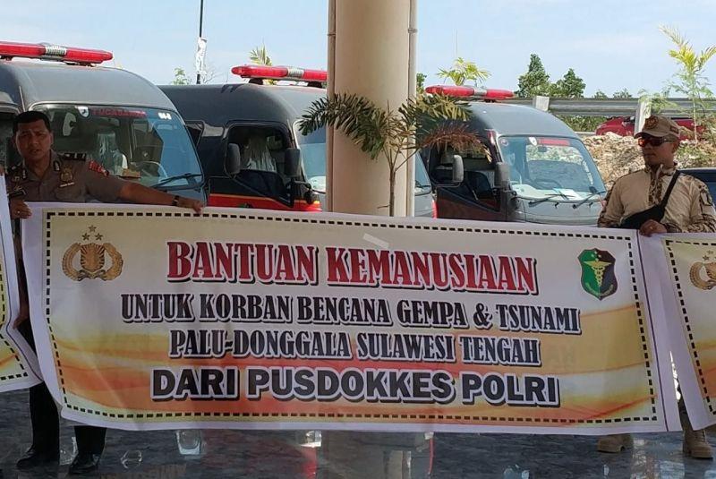 Posko Bantuan Polda Sulbar untuk Korban Gempa dan Tsunami Sulteng (foto: Herman/Okezone)