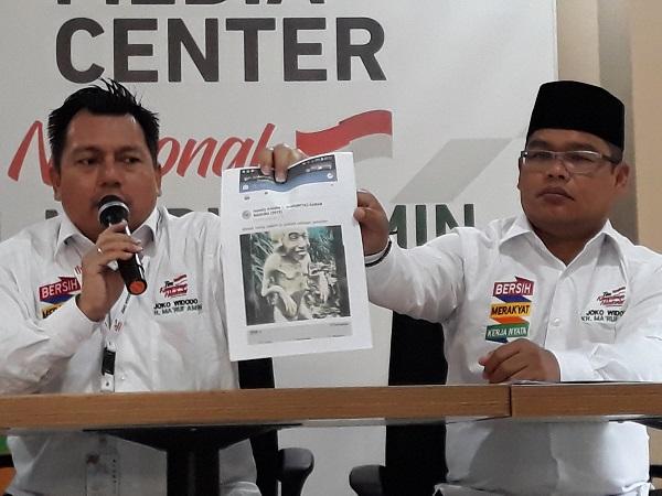 TKN Jokowi-Ma'ruf Amin laporkan akun Facebook yang dianggap hina Jokowi ke Bareskrim Polri. (Foto : Bayu Septianto/Okezone)
