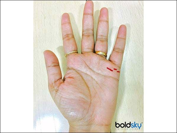 Jika satu garis tangan terlihat putus-putus, maka ada banyak kemungkinan Anda bercerai setelah menikah.