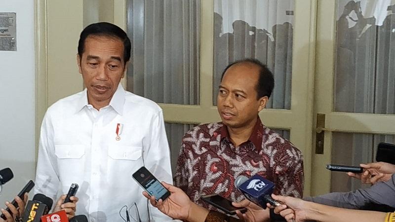 Sutopo bertemu Jokowi.