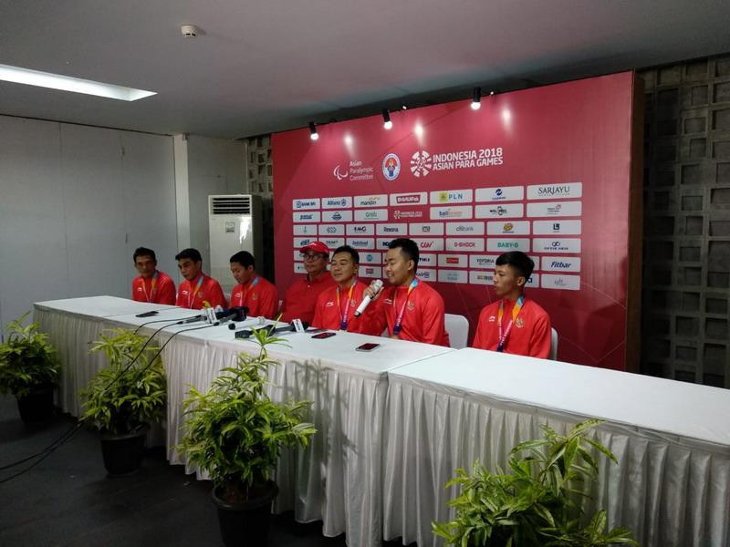 Tim beregu putra bulu tangkis Indonesia di Asian Para Games 2018