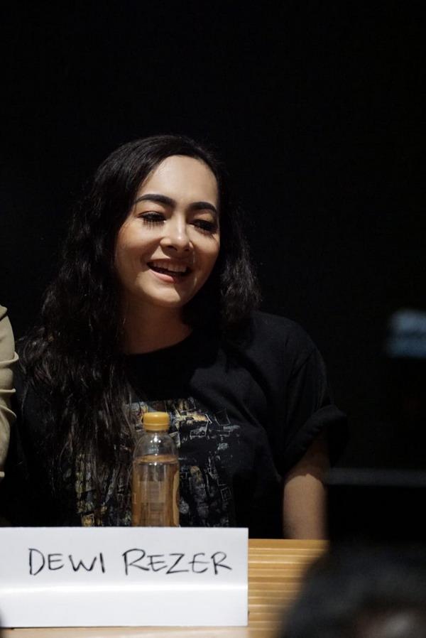Dewi Rezer