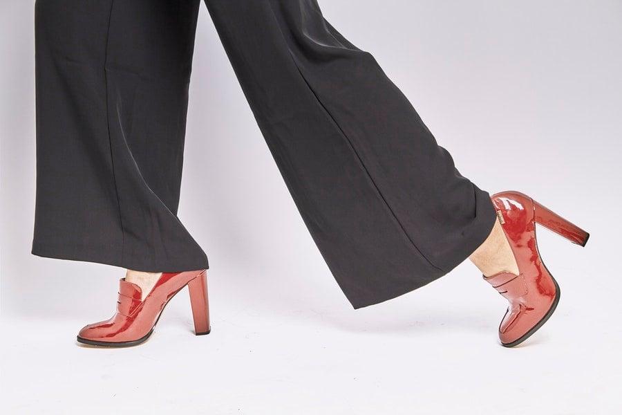 dilarang pakai heels