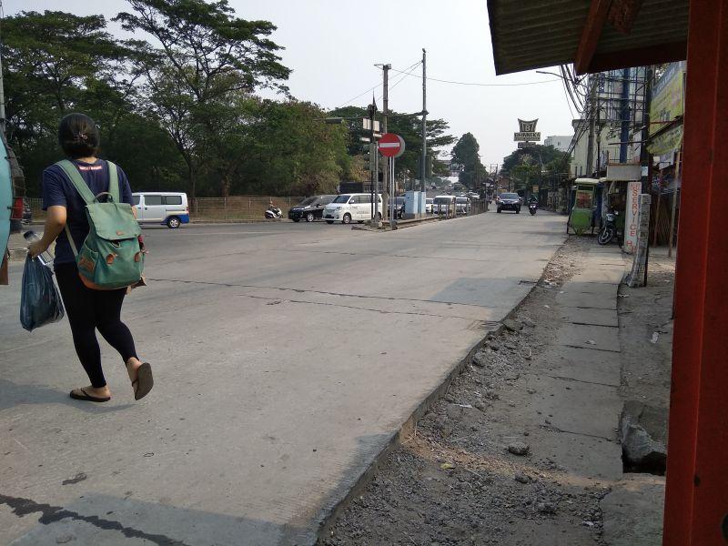Kondisi Jalan Imam Bonjol, Tangerang (foto: Anggun/Okezone)