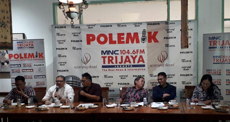 Talkshow Radio MNC Trijaya Network di Warung Daun, Cikini, Jakarta (foto: Arie DS/Okezone)