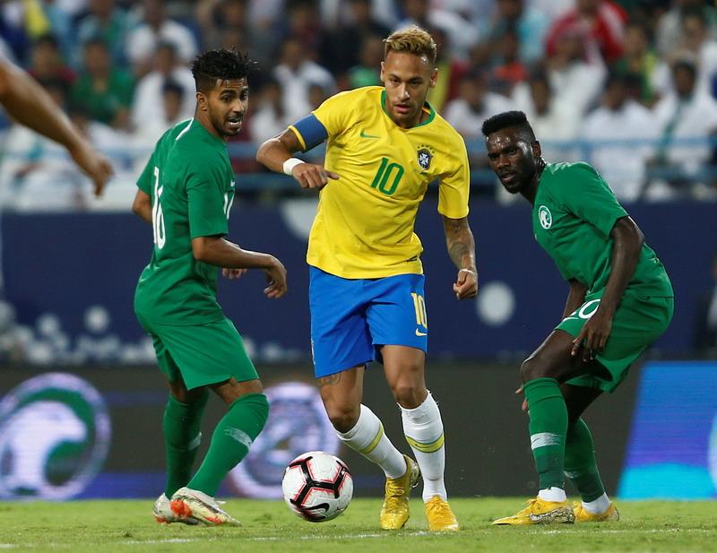 Arab Saudi vs Brasil (Foto: Reuters)