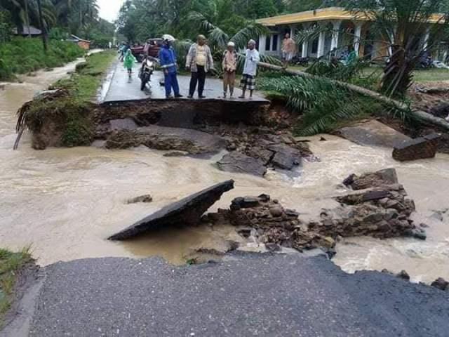 Banjir Bandang Mandailing Natal BNPB