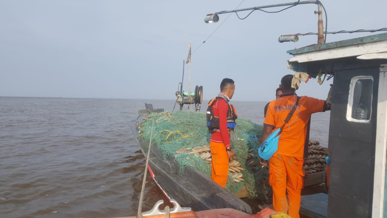 Pencarian Longboat