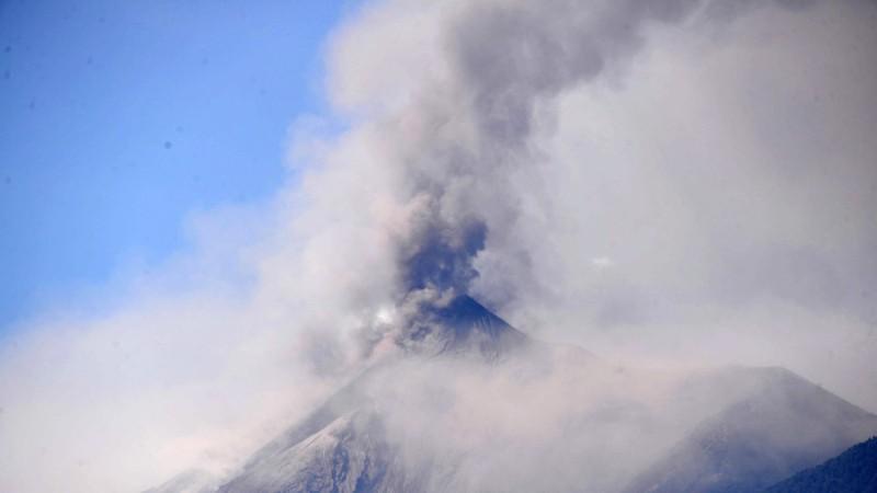 Gunung berapi Vocan de Fuego di Guatemala saat meletus pada Juni 2018. (Foto : AFP)