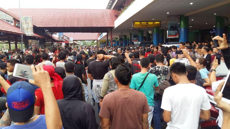 Ormas Adat Tolak Kedatangan Habib Muhammad Bahar bin Ali bin Smith di Manado (foto: Subhan S/Okezone)