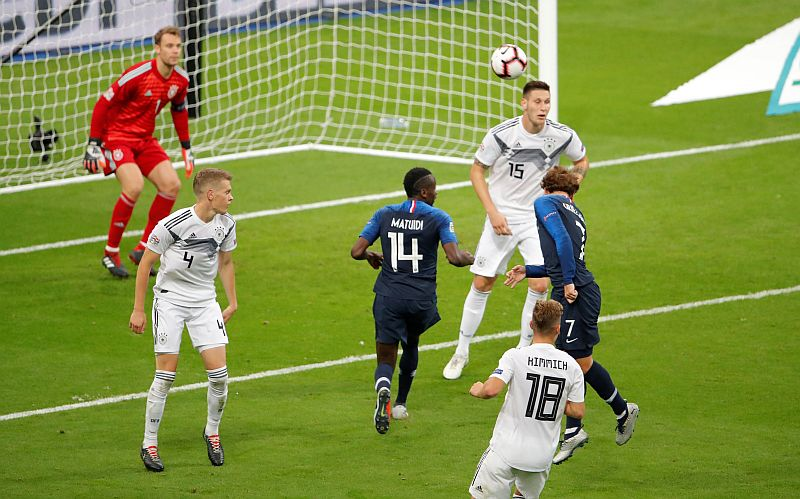 Prancis vs Jerman (Foto: Reuters)