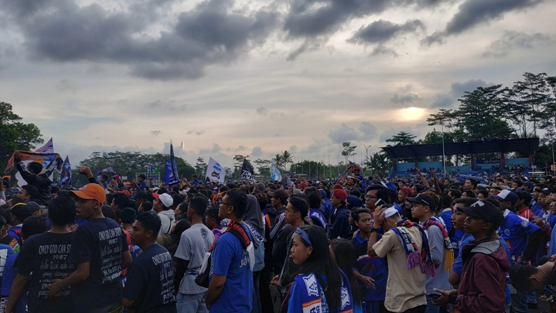 Latihan Arema FC (Foto: Avirista)