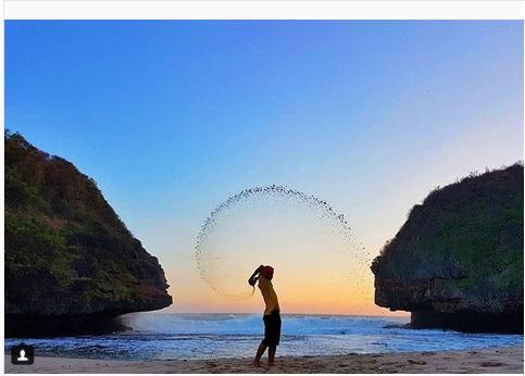 Keindahan Bukit Karang Di Pantai Greweng Spot Asyik Untuk Ambil Foto Okezone Travel