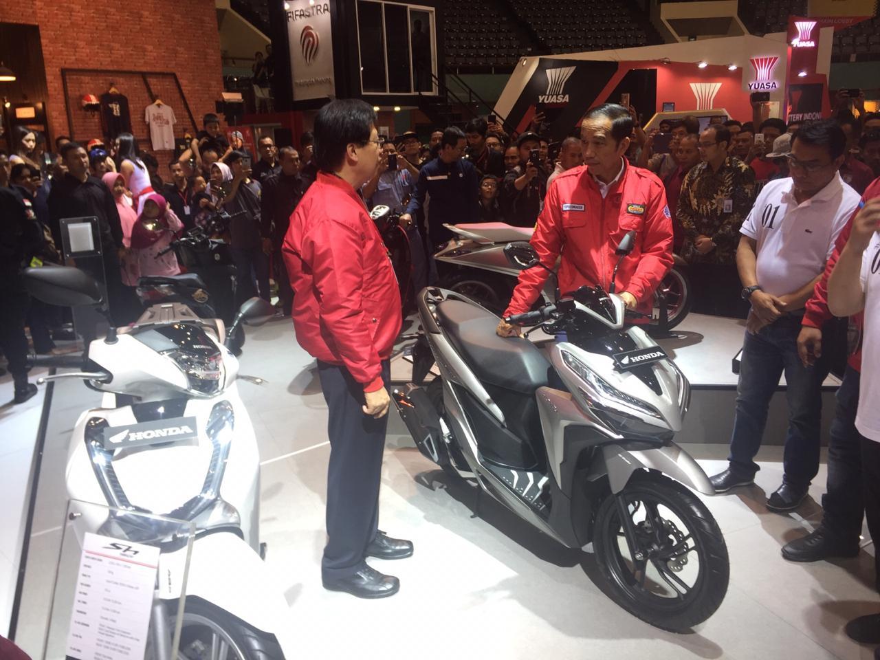 Jokowi datangi IMOS