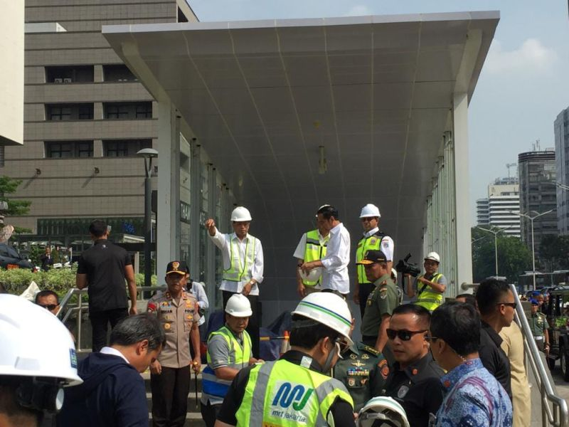 Jokowi MRT (Fakhrizal Fakhri/Okezone)