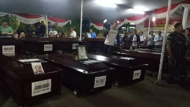 Serah terima korban Lion Air yang teridentifikasi'