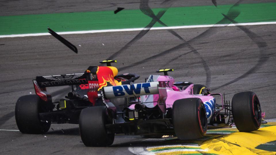 Max Verstappen dan Esteban Ocon (Foto: laman resmi F1)