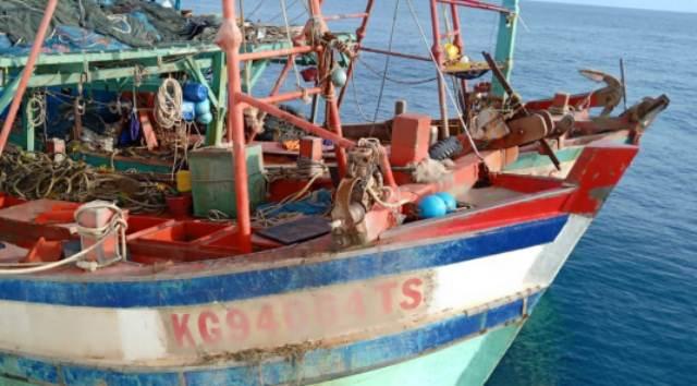 Kapal Malaysia ditangkap