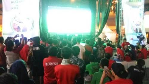 Suasana nonton bareng Timnas Indonesia di Medan