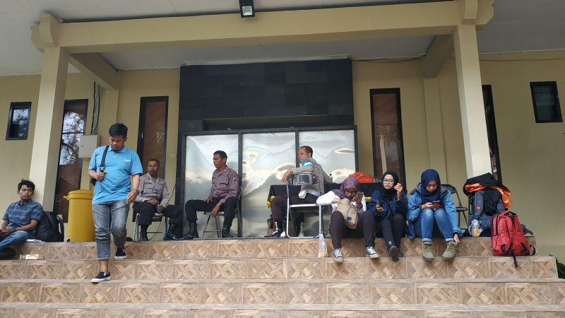 15 Orang Diperiksa Penyidik KPK di Polres Malang Kota (foto: Avirista M/Okezone)