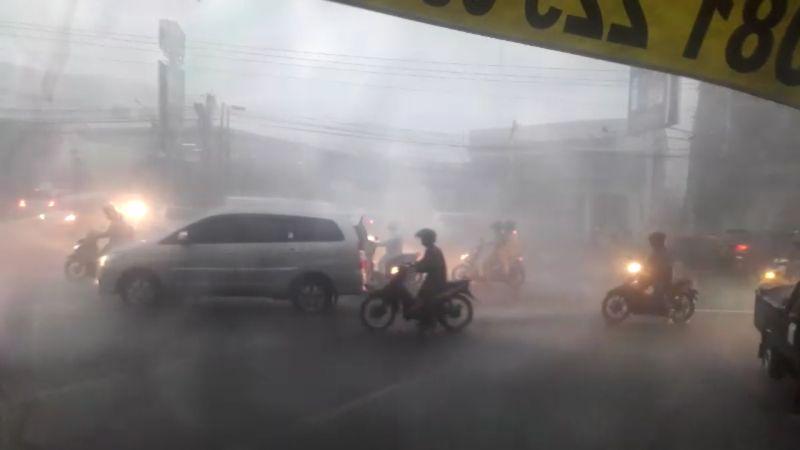 Hujan Badai di Semarang, Jawa Tengah (foto: Taufik B/Okezone)