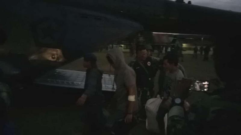 Evakuasi warga di Distrik Mbua, Kabupaten Nduga, Papua. (Foto : Chanry)