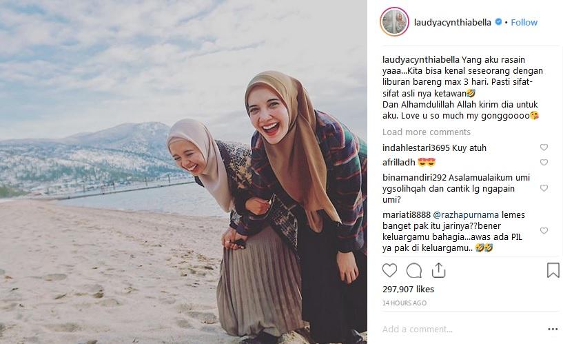 Laudya Cynthia Bella dan Zaskia Sungkar