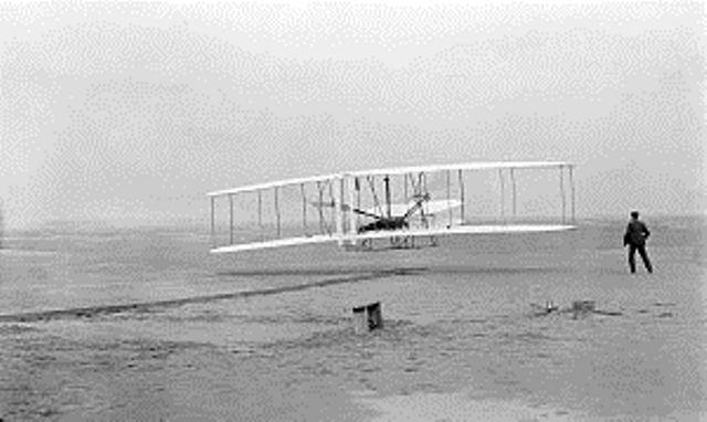Pesawat Wright Bersaudara. (Foto: Wikipedia.org)