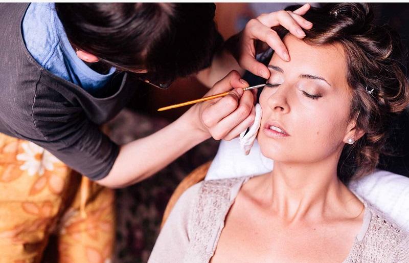 sebuah marketplace yang berkutat di dunia kecantikan pun semakin marak dan merambah dunia online.