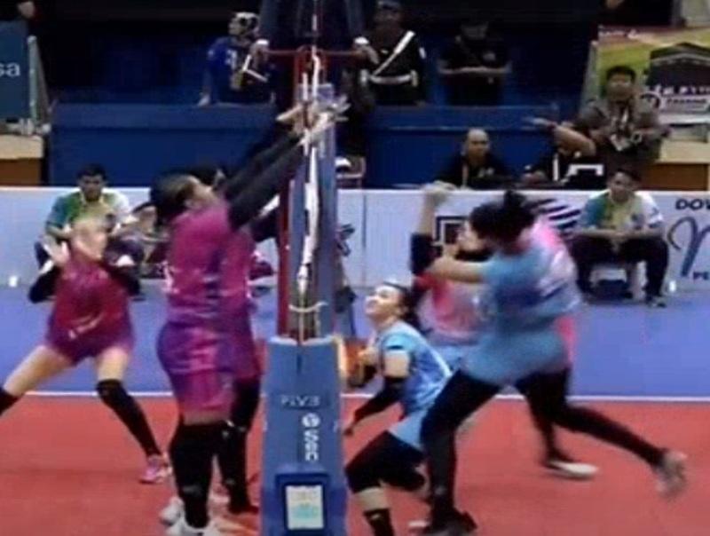 Jakarta Popsivo Polwan vs Putri BNI 46