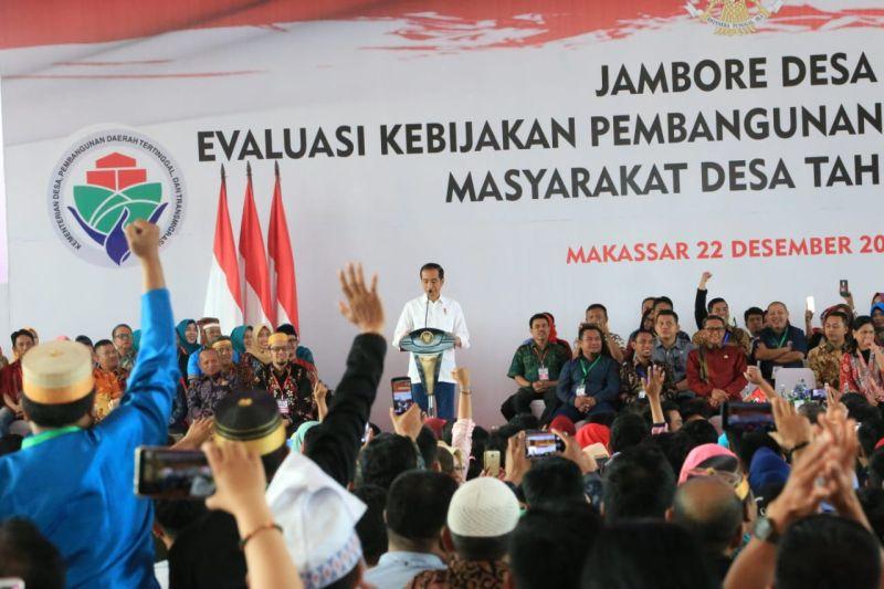 Presiden Jokowi di Acara Jambore Desa, Makassar, Sulawesi Selatan (foto: Herman/Okezone)