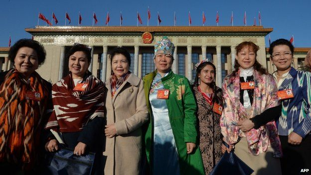 Xinjiang secara resmi menjadi bagian dari negara komunis Cina pada 1949.