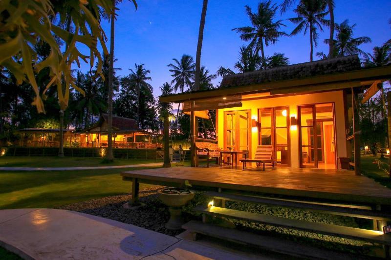 Deretan Homestay Sampai Hotel Tepi Pantai Siap Menyambut