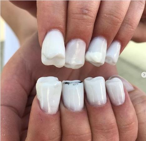 Nah, ini adalah nail art yang dibuat oleh Nail Sunny.