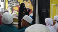 Bersama Anak Yatim, Umi Pipik Panjatkan Doa untuk Almarhumah Jupe