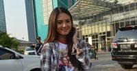Direhabilitasi, Aurelie Moeremans Ungkap Ello Cukur Jenggot