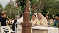 Penuh Makna, Ini Arti Mas Kawin Rp2.392.017 di Pernikahan Vicky Shu dan Ade Imam
