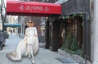 Selain Robert De Niro, Lady Gaga Juga Membuka Bisnis Kuliner Mewah, Apa Saja Ya Menunya