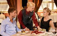 Pelayan di Restoran Suka Bohong Soal Rasa Makanan!