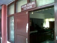 Korupsi Dinas Kominfo Maluku, JPU Angkat Bukti Kwitansi Perjalanan Dinas Fiktif ke Muka Sidang