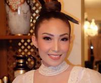 Tak Beri Hadiah Ulang Tahun Pernikahan, Ayu Dewi: Raffi-Nagita Sudah Kaya