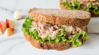 URBAN FOOD: Sarapan Lezat & Mengenyangkan dengan Sandwich Tuna Bayam atau Sandwich Roll Sosis