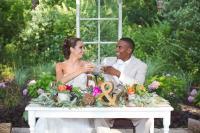 Tradisi Unik Memecahkan Piring di Jerman Sebelum Hari Pernikahan