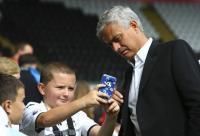 Sindir Klub Lamanya, Conte: Mourinho Harus Memikirkan Man United ketimbang Mencampuri Urusan Chelsea