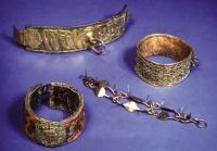 Anti-mainstrem, Museum Ini Isinya Koleksi 100 Kalung Anjing dari Abad ke-15